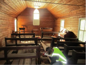 Image of St Saviours Lower Burrinjuck interior - Yass Valley Anglican Churches